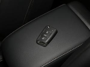 2019款330TSI 旗舰版 钥匙