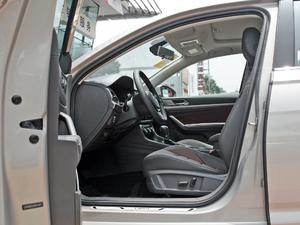 2018款280TSI DSG舒适版 前排空间