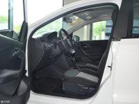 空间座椅Polo两厢前排空间