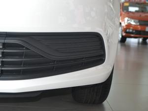 2018款1.5L 自动安驾版 雾灯