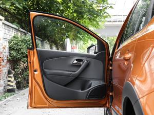 2018款1.5L 自动版 驾驶位车门