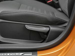 2018款1.5L 自动版 座椅调节