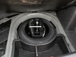2019款1.5L 手动舒适版 备胎