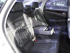 2019款1.4T 混动豪华版 空间座椅