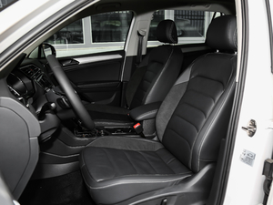 2019款380TSI 四驱智动豪华版 前排座椅