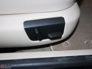 2009款2.8L 自动至尊版 座椅调节