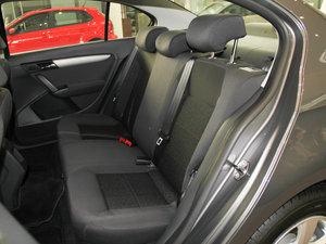 2013款经典款 1.6L 自动风尚版 后排座椅