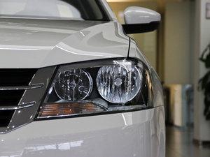 2013款经典款 1.6L 手动舒适版 头灯
