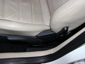 2013款经典款 1.6L 手动舒适版 座椅调节