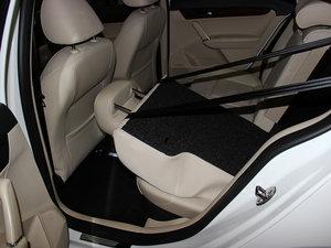 2013款经典款 1.6L 手动舒适版 后排座椅放倒