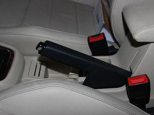 2013款经典款 1.6L 手动舒适版 驻车制动器