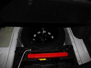 2013款经典款 1.6L 手动舒适版 备胎