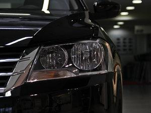 2013款经典款 1.6L 自动舒适版 头灯