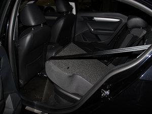 2013款经典款 1.6L 自动舒适版 后排座椅放倒