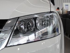 2013款经典款 1.6L 手动风尚版 头灯