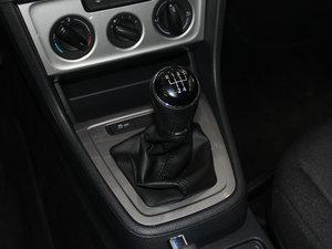 2013款经典款 1.6L 手动风尚版 变速挡杆