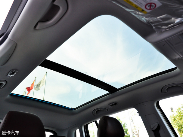 上海大众途观 -离阳光更近 爱卡推荐四款全景天窗SUV高清图片