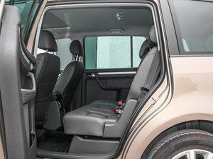2015款1.4T 自动旗舰版 5座 后排空间