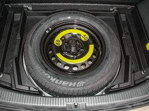 2015款1.4T 自动旗舰版 5座 备胎