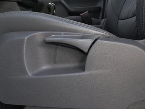 2015款1.4T 手动舒适版 5座 座椅调节