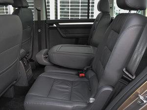 2015款1.4T 手动舒适版 5座 后排空间