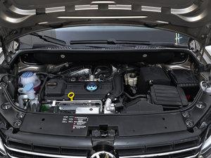 2015款1.4T 手动舒适版 5座 发动机