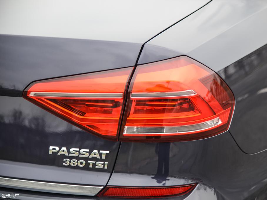 上汽大众2016款帕萨特