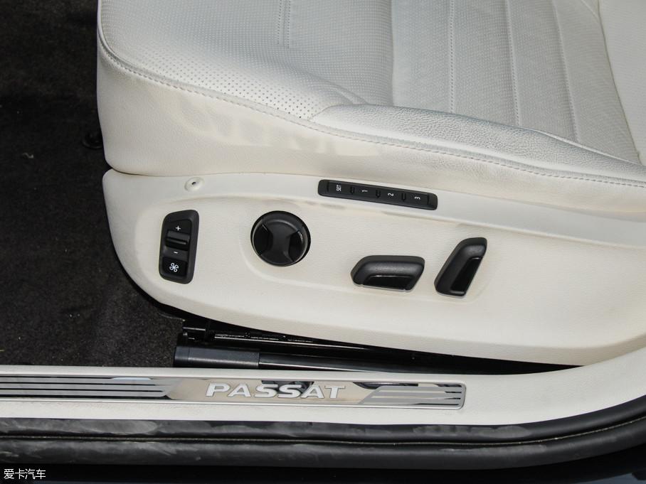 2016款帕萨特380TSI DSG至尊版