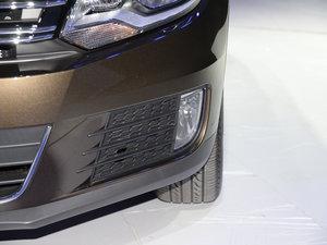 2016款280TSI 自动丝绸之路舒适版 雾灯