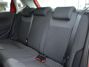 2016款1.6L 自动舒适版 后排座椅