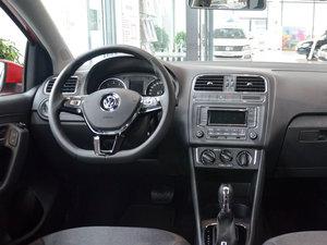 2016款1.6L 自动舒适版 中控台