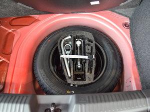 2016款1.6L 自动舒适版 备胎