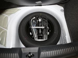 2016款1.4L 自动风尚版 备胎
