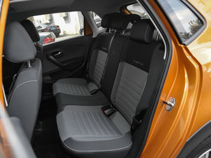 2016款1.6L 自动版 后排座椅