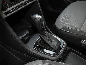 2016款1.6L 自动版 变速挡杆