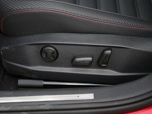 2017款2.0T  座椅调节