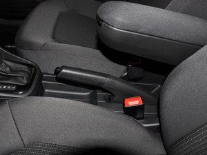 2016款1.6L 自动风尚版 驻车制动器