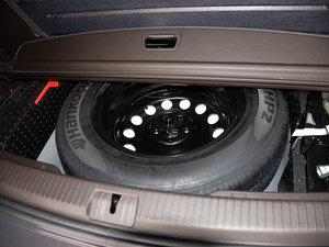 2017款330TSI 自动两驱豪华版 备胎