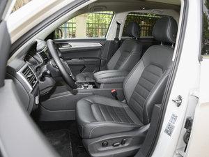 2017款380TSI 自动四驱豪华版 前排座椅