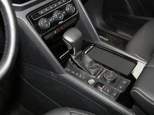 2017款380TSI 自动四驱豪华版 变速挡杆