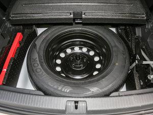 2017款380TSI 自动四驱豪华版 备胎