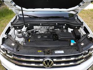 2017款380TSI 自动四驱豪华版 发动机