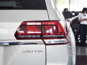 2017款330TSI 自动两驱豪华版 后视镜