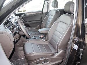 2017款380TSI 四驱旗舰版 前排座椅