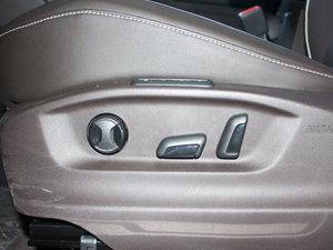 2017款380TSI 四驱旗舰版 座椅调节
