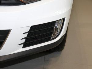 2017款300TSI 自动两驱丝绸之路舒适版 雾灯