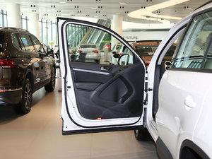 2017款300TSI 自动两驱丝绸之路舒适版 驾驶位车门