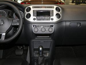2017款300TSI 自动两驱丝绸之路舒适版 中控台