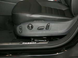 2017款330TSI DSG领尊版 座椅调节
