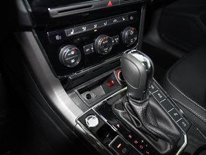 2017款280TSI DSG尊荣版 变速挡杆